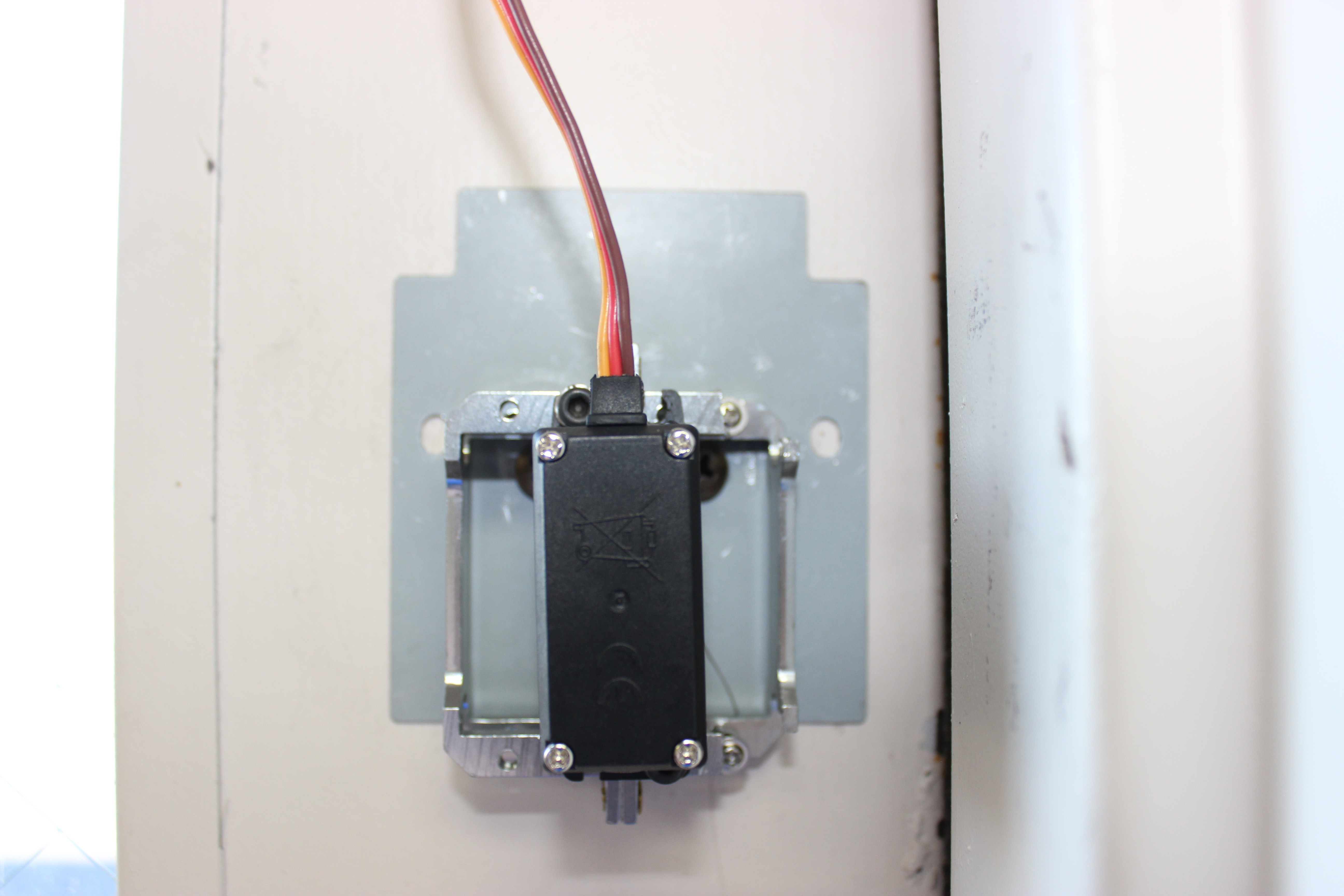 Diy Electronic Deadbolt With A Servo Motor Simply Smarter Buy Electronics And Arduino Kit Get It Shipped To Your Doorstep The Osepp Compatible Uno R3 Plus Breadboard Control Wirelessly