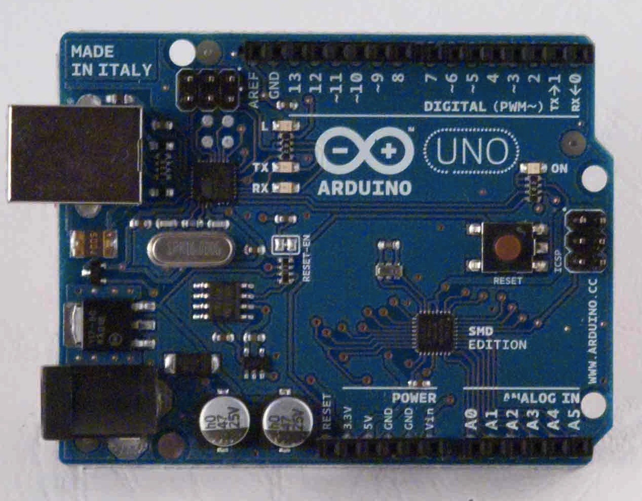 Osepp uno r plus vs official arduino simply smarter