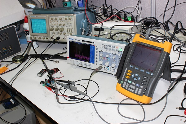 Hantek DSO5202P and Fluke - Circuit Specialists Blog