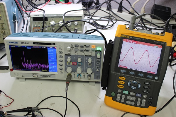 Hantek DSO5202P vs Fluke - Circuit Specialists Blog
