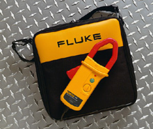 FLUKE i410-KIT AC/DC Current Clamp w/Carry Case