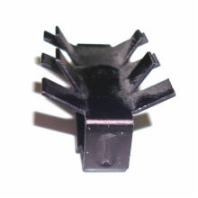 Slide on heat sink with staggered fins for 20 pin DIP packages