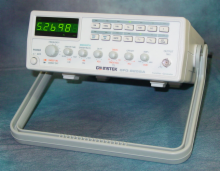 Instek 5MHz Function Generator w/Ext. Counter, Sweep, AM/FM
